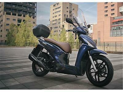 Kymco people 125 S con bauletto/parabrezza