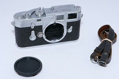 Leica M3 double stroke 35 rangefinder camera body. 2nd version.  Nice early M3 .