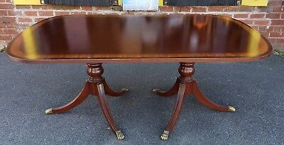 Banded Mahogany Ethan Allen 18th Century Classics Dining Room Table 1990s