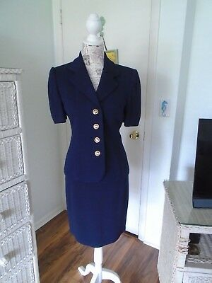 ST. JOHN Basics/Collection by Marie Gray Pre-owned 2 Piece Navy Blue Suit Size 2