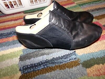 Capezio Black Jazz Shoes  Size: 9 1/2M   Used