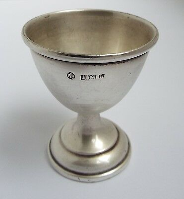 Lovely English Antique 1957 Solid Sterling Silver Egg Cup With No Inscriptions