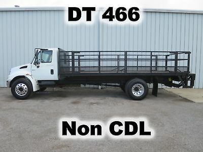 4300 Dt-466 20-Ft Flat Bed Body Lift Gate Haul Delivery Non-Cdl Truck Low Miles