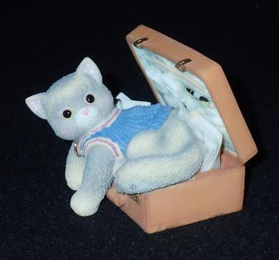 Enesco Calico Kittens 1998 A Hug-A-Day Packs Your Troubles Away Figurine #C6/700