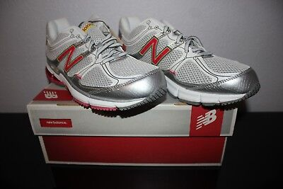 NWT NEW BALANCE Womens Running Shoe Sneakers W750RN1 Size US