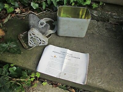 Old vintage Martindale tyre 'R' respirator   dust mask  in tin