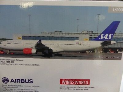 Herpa Wings 1:200 Airbus A 330-300 SAS Scandianavian Airlines 558303
