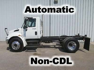 4300 Dt-466 Diesel Automatic Cab Chassis Straight Frame Low Miles Truck Non-Cdl