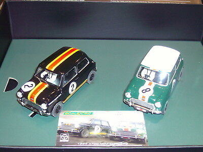 Scalextric C3586A Mini Coopers  limited Edition 2er Sondermodellset