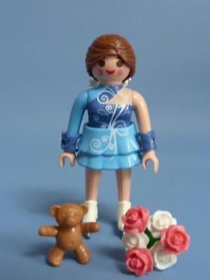 Playmobil Ice / Figure Skater & more Series 14 Female figure NEW RELEASE 9444