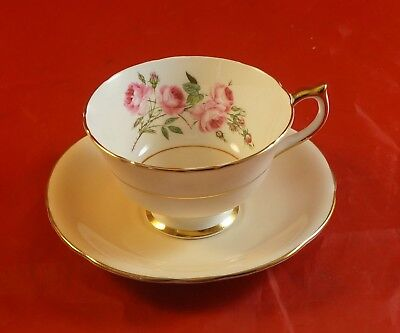 AYNSLEY Fine Bone China Cup and Saucer Red Roses in the Bowl