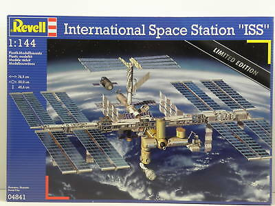 Revell 04841 Bausatz International Space Station ISS Limited Edition  M.1:144
