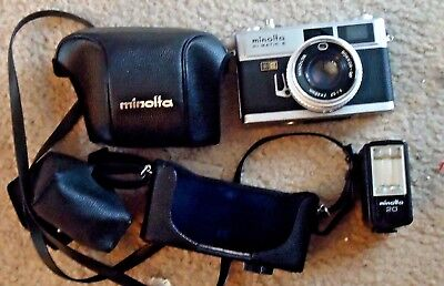 Minolta HI-Matic E Rangefinder Camera w/electroflash 20 Leather case