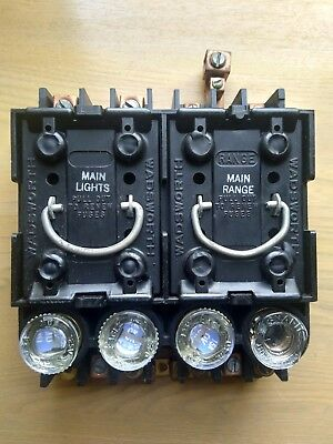 Wadsworth 100 AMP Fuse Box internals w/ 2 Fuse Pulls And 4 Fuses