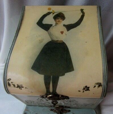 Fabulous Antique Victorian Lady Celluloid Collar Box with 2 Antique Collars