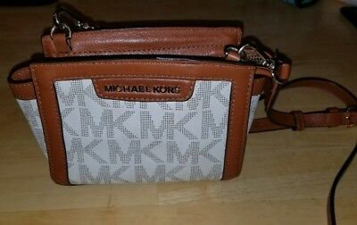 58d8836ce4f90 Michael Kors Selma Mini White MK Crossbody Purse Bag Saffiano Leather  AUTHENTIC