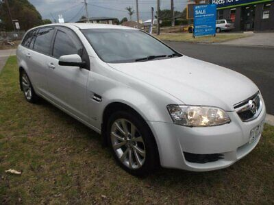 2011 Holden Berlina VE II International White Automatic 6sp A Sportswagon