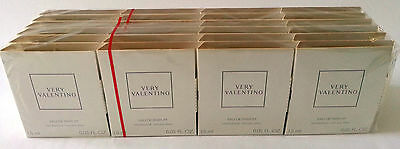 VERY VALENTINO PERFUME SPRAY - HANDY 1.5ml BOTTLE - DON'T MISS THESE!
