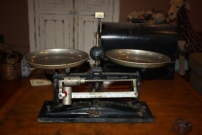 Vintage The Torsion Balance Company Metal Scale Pharmacy Apothecary Model 3500