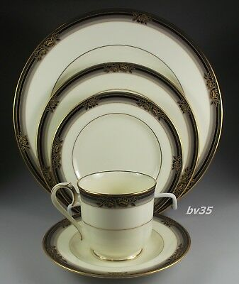 Noritake Spell Binder  #9733 - 5 Piece Place Setting - Excellent