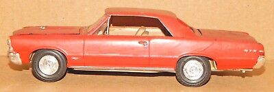 Vintage 1965? Pontiac GTO 1/25? Scale Plastic Built Model Car