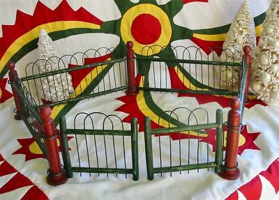 Vintage Style Christmas Wood and Metal Feather Tree Fence Putz New