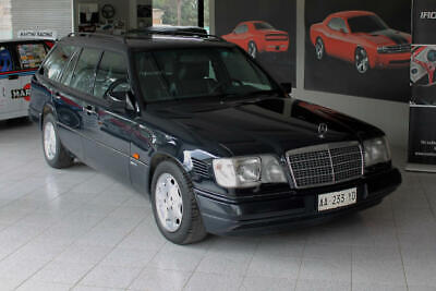 Mercedes-Benz 250 E turbodiesel cat S.W. Sport