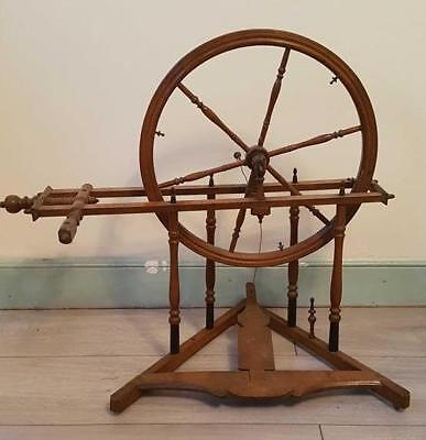 Fine Quality 19th Century Antique Wooden Spinning Wheel
