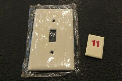 1 Ivory Vtg Bakelite ? Ribbed Deco Single Gang Reliance Switch Plate Cover - R11