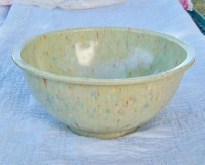 Vintage 10 Inch Melamine Melmac Green Confetti Spatter Mixing Bowl USA 118
