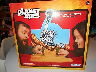 ReAction Planet of the Apes Statue of Liberty Playset famous movie monsters