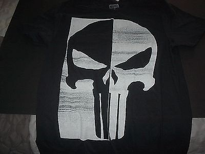 Marvel Comics The Punisher Skull Mens T-Shirt Size Small Black And White