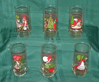 Set of 6 Vintage Holly Hobbie Christmas Coca Cola limited edition glasses 1977