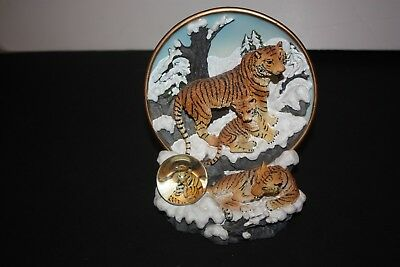Endangered Species Collectible Plate & Stand The Siberian Tiger /Cadona 1999