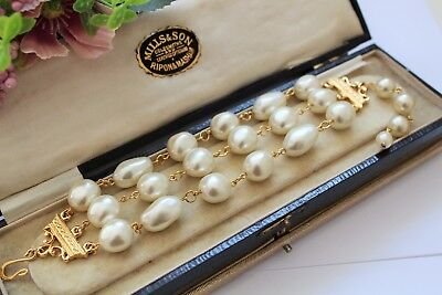 Vintage Simulated Pearl Bracelet With Gold Tone Clasp - Wedding Bridal Prom