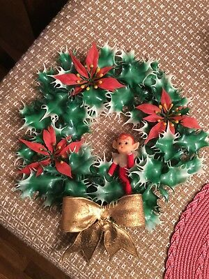 """Vintage 1960's 12"""" Plastic HOLLY WREATH WITH PIXIE ELF GOLD BOW"""