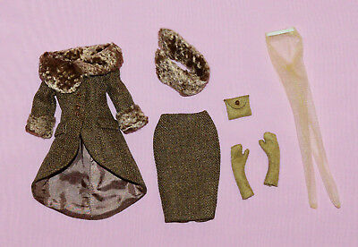"""Tonner 10"""" Tiny Kitty Brunch At The Ritz Outfit Fits Simone Rouge"""