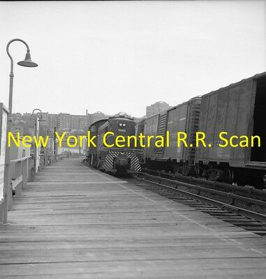 New York Central Railroad (Nyc) Original B&w Negative Engine 905 At Marble Hill