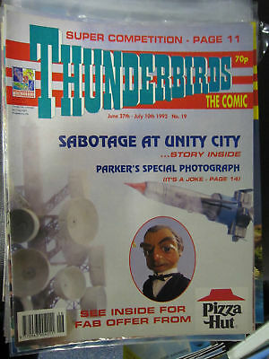 Thunderbirds Fleetway # 19 Gerry Anderson Stingray UFO Union City pullout