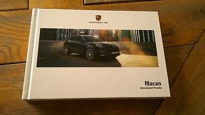 Brochure PORSCHE MACAN 03/2017 :  catalogue rigide 190 p. FR