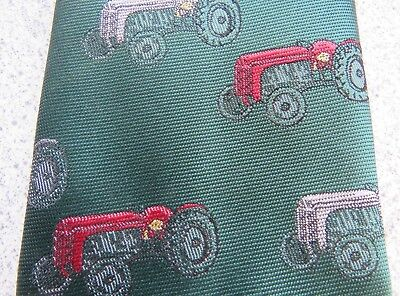 Massey  Ferguson <>  Tractors  <>  Superb !   Polyester   Neck  Tie   <>  Unused
