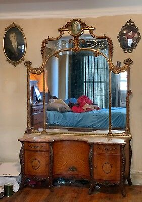 Early 1900's  Antique Wood  Bed  & Bedroom Set