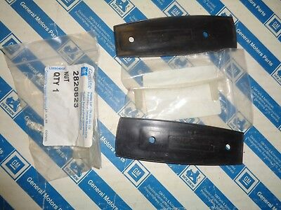 Holden Hq Hj Hx Hz Wb Torana Mirror Bases & Screw Plates Nos Genuine Gmh