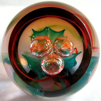 Briefbeschwerer / Paperweight CAITHNESS GLASS Holly Style Two 2001, facettiert!