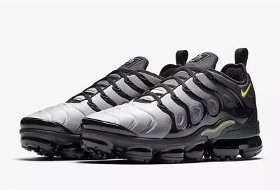 online store 27bec 13e29 NEW Sz 8 Nike Air Vapormax Plus Running Shoe BlackVolt 924453-009