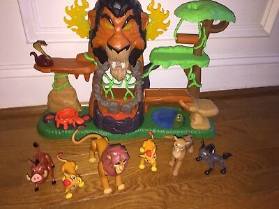 Lion King Disney Playset Rise of Scar Guard Disney Pop Out Play Set & 6 Figures