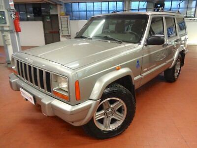 JEEP Cherokee 2.5 TD Command-Trac 5 Pt. Classic