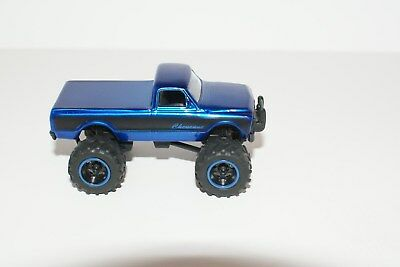 Jada '72 Chevy Cheyenne Pickup 4X4 Offroad Vehicle Rubber Tire Limited Edition