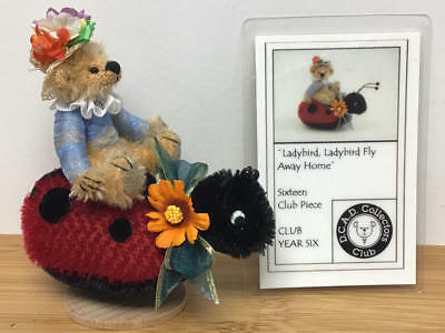 Deb Canham,2004 Club Yr 6 (16 Club Pc)- Ladybird Ladybird Fly Away Home (#c4051)