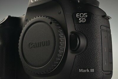 Canon EOS 5D Mark III 22.3MP Digital Camera Body Low Shutter Count 5865